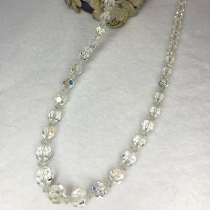 Jewelry - Vintage strand of faceted glass crystal beads